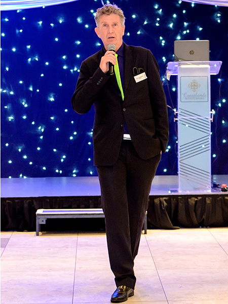 colin-underwood-compere-corporate-magician